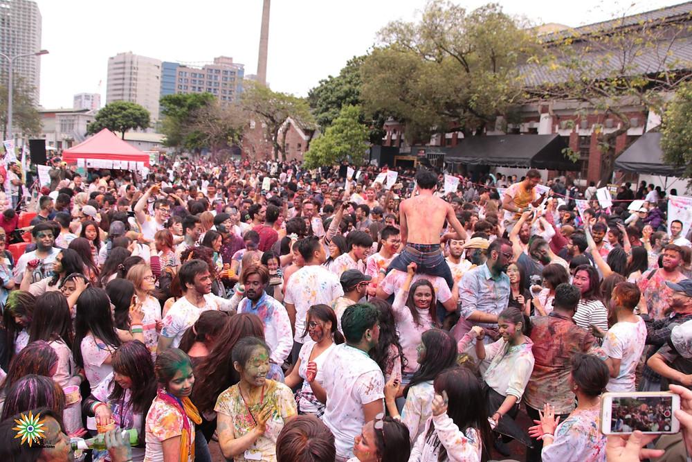 The Crowd at Holi Taipei 2019