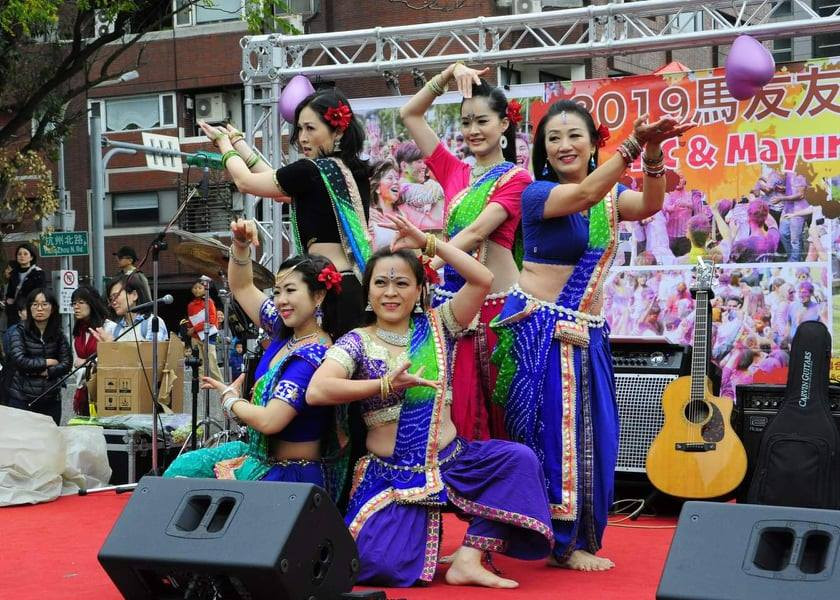 Laxmi Indian dance group at Holi in Taipei 2019