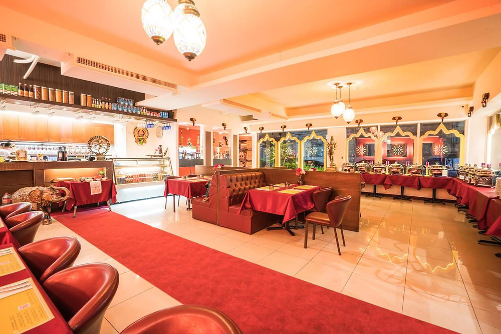 Panaroma view of 1st floor of dining in restaurant at Mayur Indian Kitchen, Dazhi Taipei