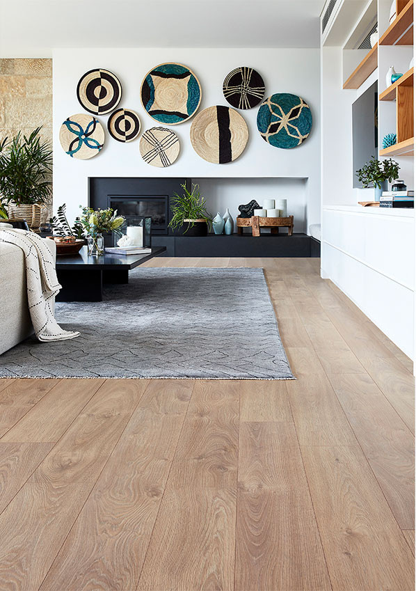 FLOORING EXPERT laminate floorboard