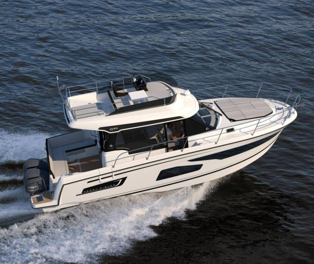 Merry Fisher 1095 Flybridge.jpg