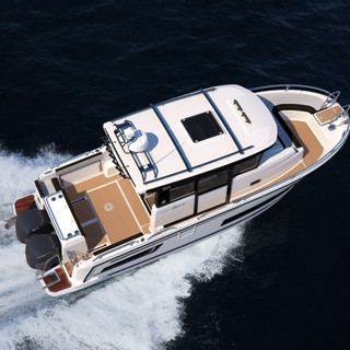 Marlin 895 Altantic yachts on water 1.jp