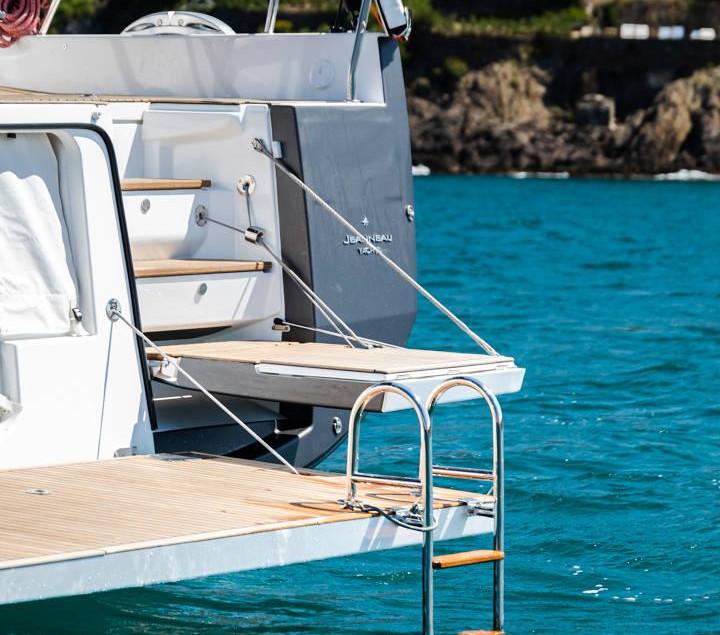 Jeannerau 60 Yacht transom terrace.jpg