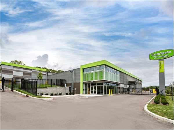 Extra Space Storage - Nolensville Rd