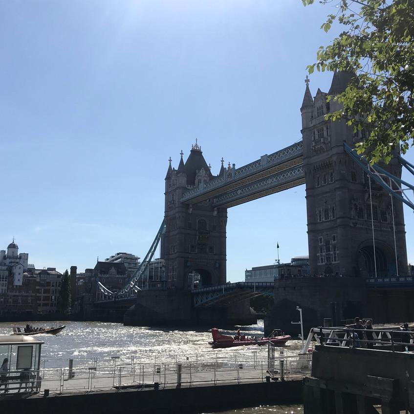 201901_Samira Tower Bridge
