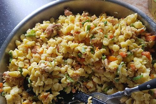 Spätzle mit Gemüse ( Fleisch oder Ei aus wahl )