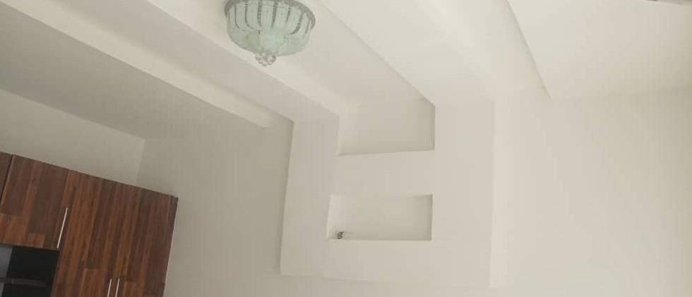 Deck design in the master bedroom