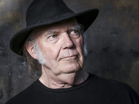 O Neil Young κυκλοφορεί χαμένο άλμπουμ από τη δεκαετία του '80