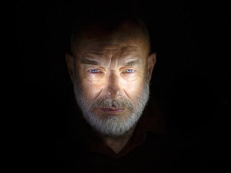 O Brian Eno κυκλοφορεί συλλογή με τις κινηματογραφικές συνθέσεις του