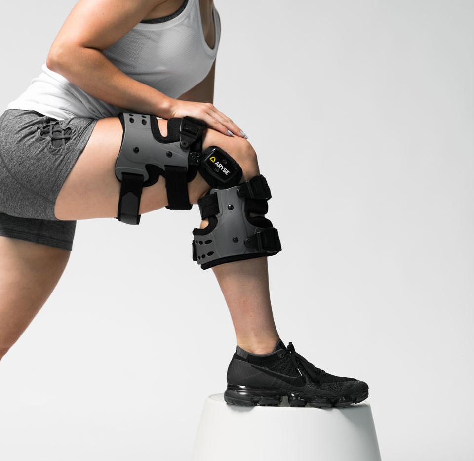 AY-43-OA-Knee-Brace-2