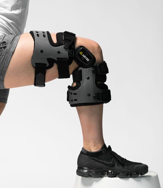AY-43-OA-Knee-Brace-Feature.jpg