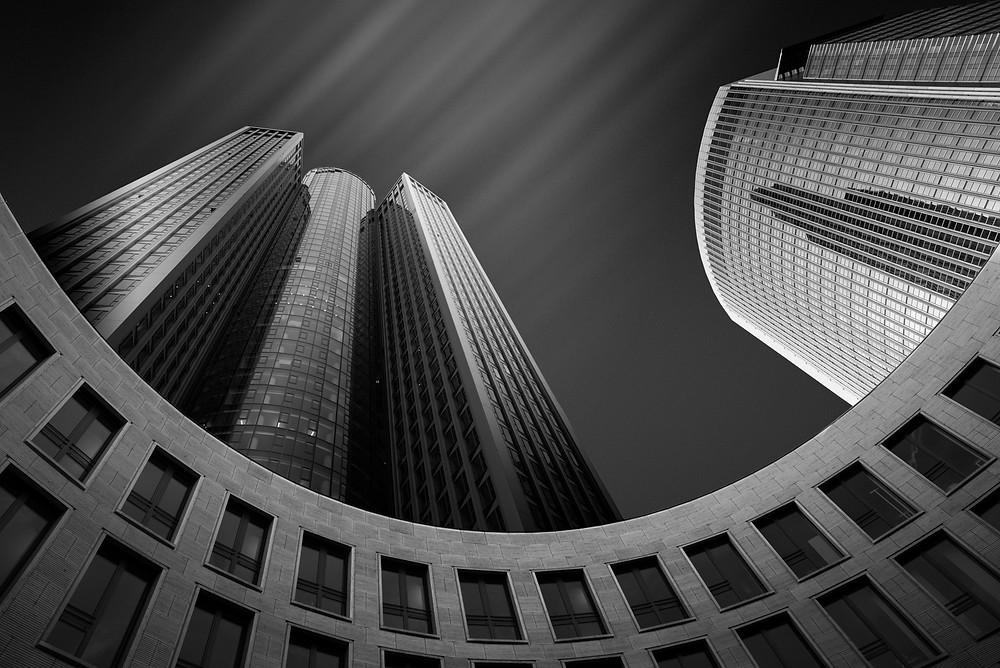 Tower 185, Frankfurt Germany, Long Exposure Photography