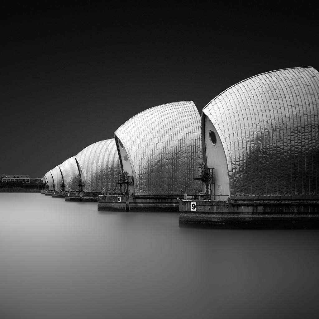 Black and white long exposure photography nikon d800e zeiss 35mm firecrest 16 stop nd filter thames barrier london