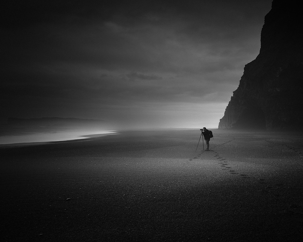 Leave only footprints, Vik Iceland, Seascape Photographer