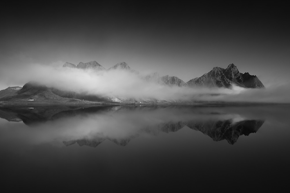 vestrahorn Mountain (Horn Mountain) Iceland hofn