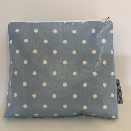Makeup Bag (Blue & White Polka Dots)