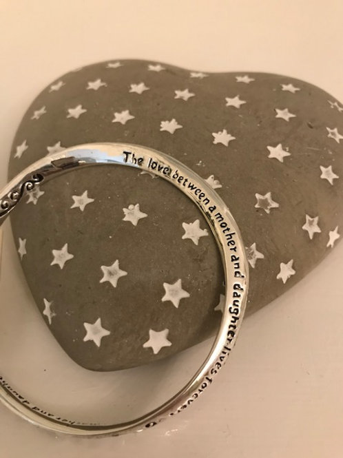 Silver plated bangle (Love Between)