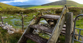 Slackpacking Ireland's Dingle Way, Part 2: Hopping Stiles from Annascaul to Dingle
