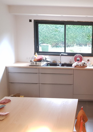 Plateau travail cuisine et table frêne massif