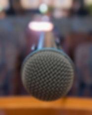 microphone-3484199_1920.jpg