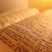 bíblia aberta (grande).jpg
