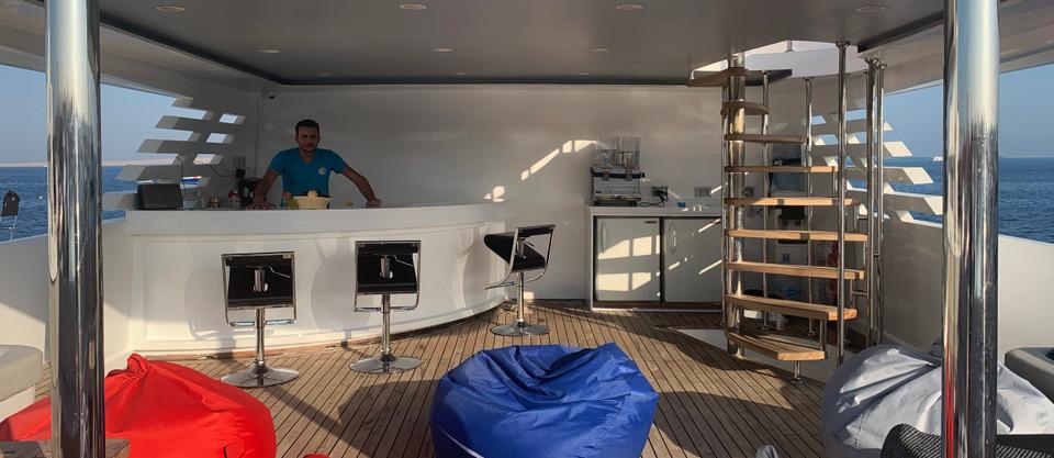 lounge-deck-1200x800.jpg