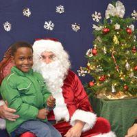 2015 Visit with Santa 11