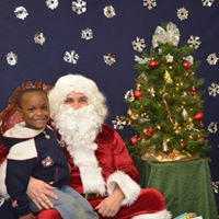 2015 Visit with Santa 15