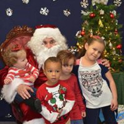 2015 Visit with Santa 09