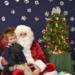 2015 Visit with Santa 18