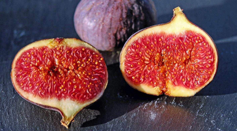 figs-1620590_1920-1413x784.jpg