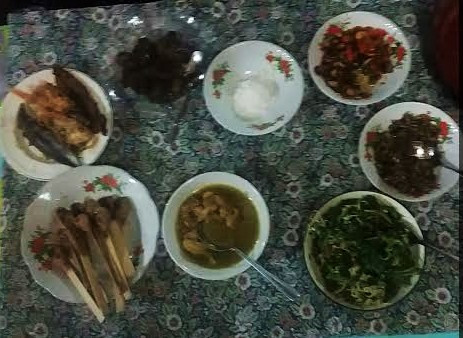 Dinner at Wayhu's house