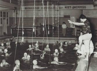 Vandaag gaat het over zwemles.