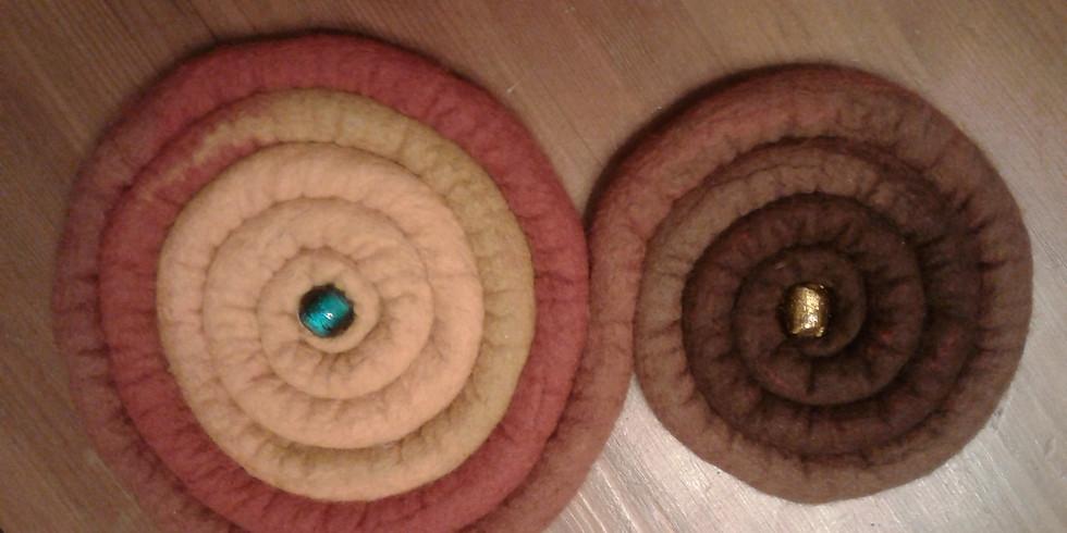 Horgolt, fonott, nemezelt alátétek készítése