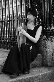 medieval harp Rie 3.jpg