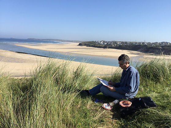 Chris Bourne artist sketching in Cornwall