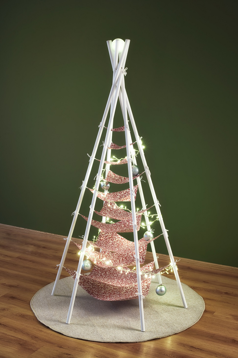vianočný stromček Šitý 03