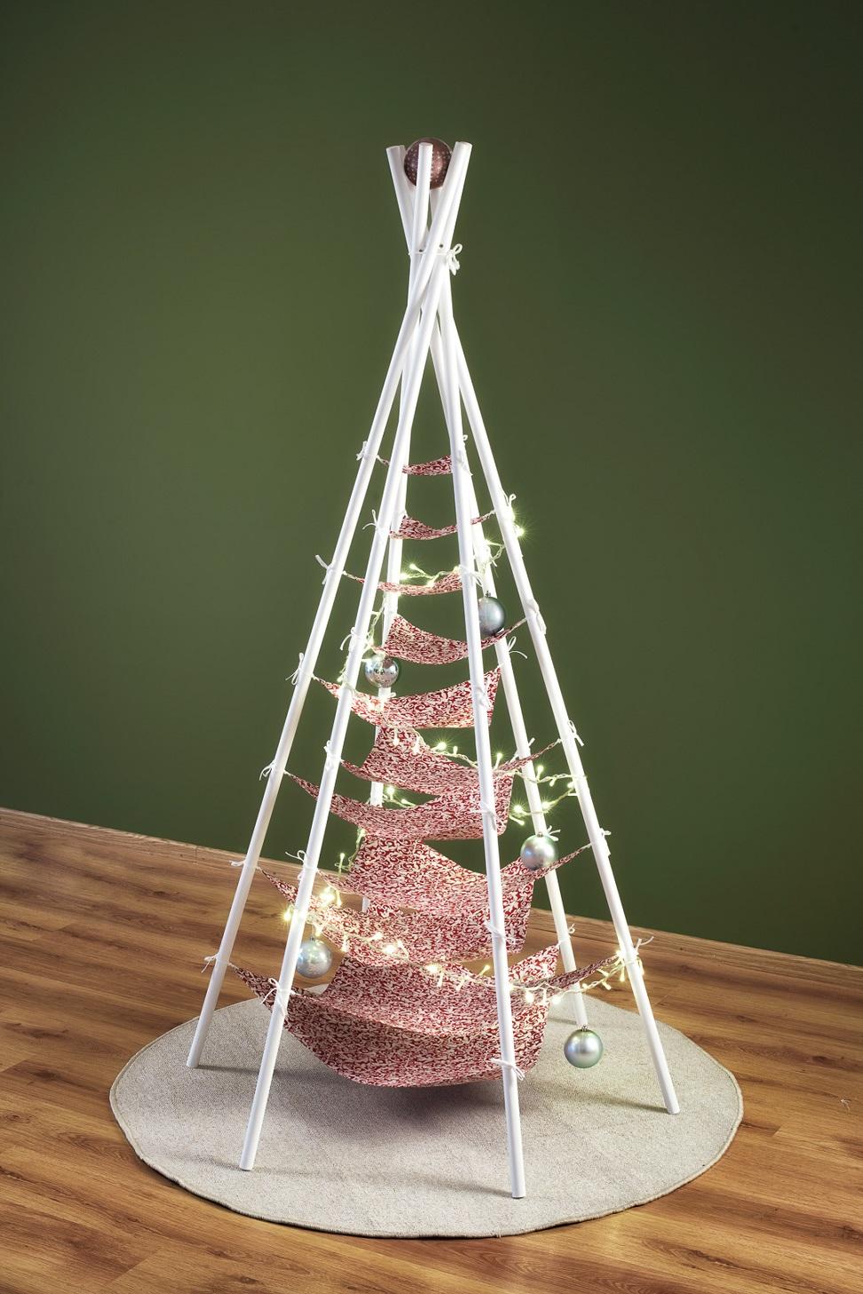 vianočný stromček Šitý 02