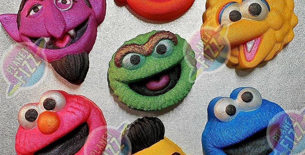 Childrens Character Friends Plastic Bath Bomb Mold Set