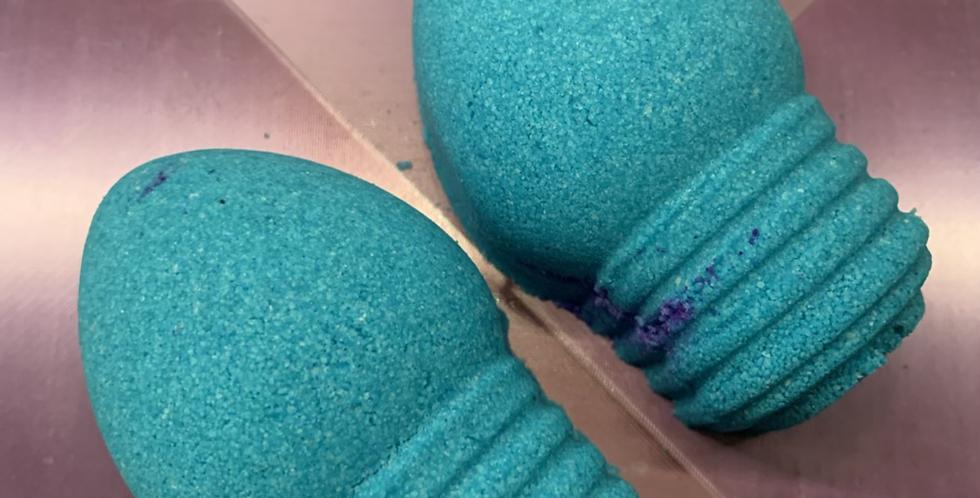 Petite Holiday Light Bulb Plastic Bath Bomb Mold