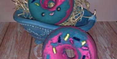 Donut One Half Plastic Bath Bomb Mold