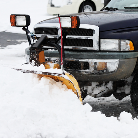 car-removing-snow-commercial-snow-removal-service-image