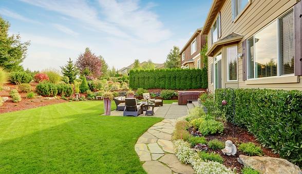 Residential-commercial-landscape-design-image