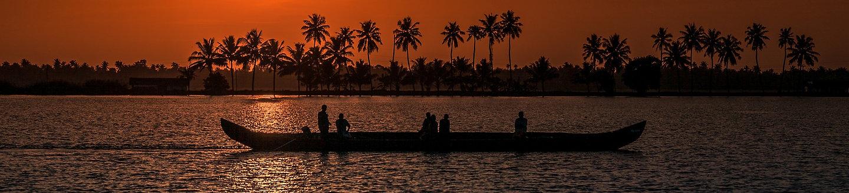 Coucher de soleil pirogue Kérala