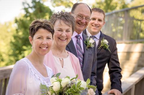 Wedding photographer in Woodstock Ontario