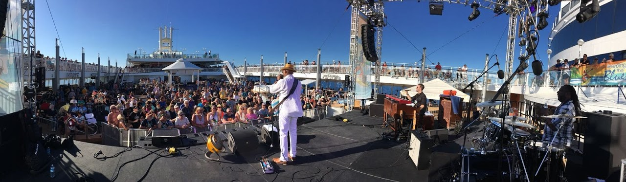 Joe Bonamassa Cruise 2018 - Main Stage -