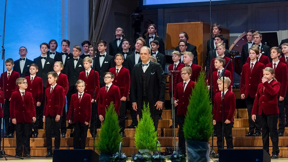 Aasta koor: Rahvusooper Estonia poistekoor, dirigent Hirvo Surva.  FOTO VAHUR LÕHMUS