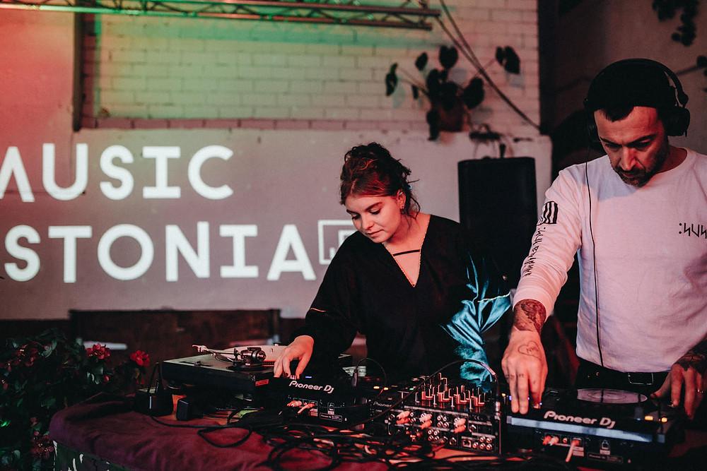 Music Estonia 5.tegevusaasta tähistamisel 16. IX 2019 Sveta Baaris esinesid Madleen Teetsov ja Luke Teetsov-Faulkner FOTO LINDA LIIS EEK.