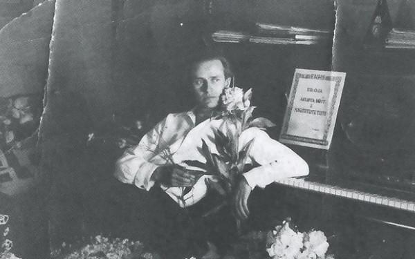 Eduard Oja – suurim anne, suurim hämarus