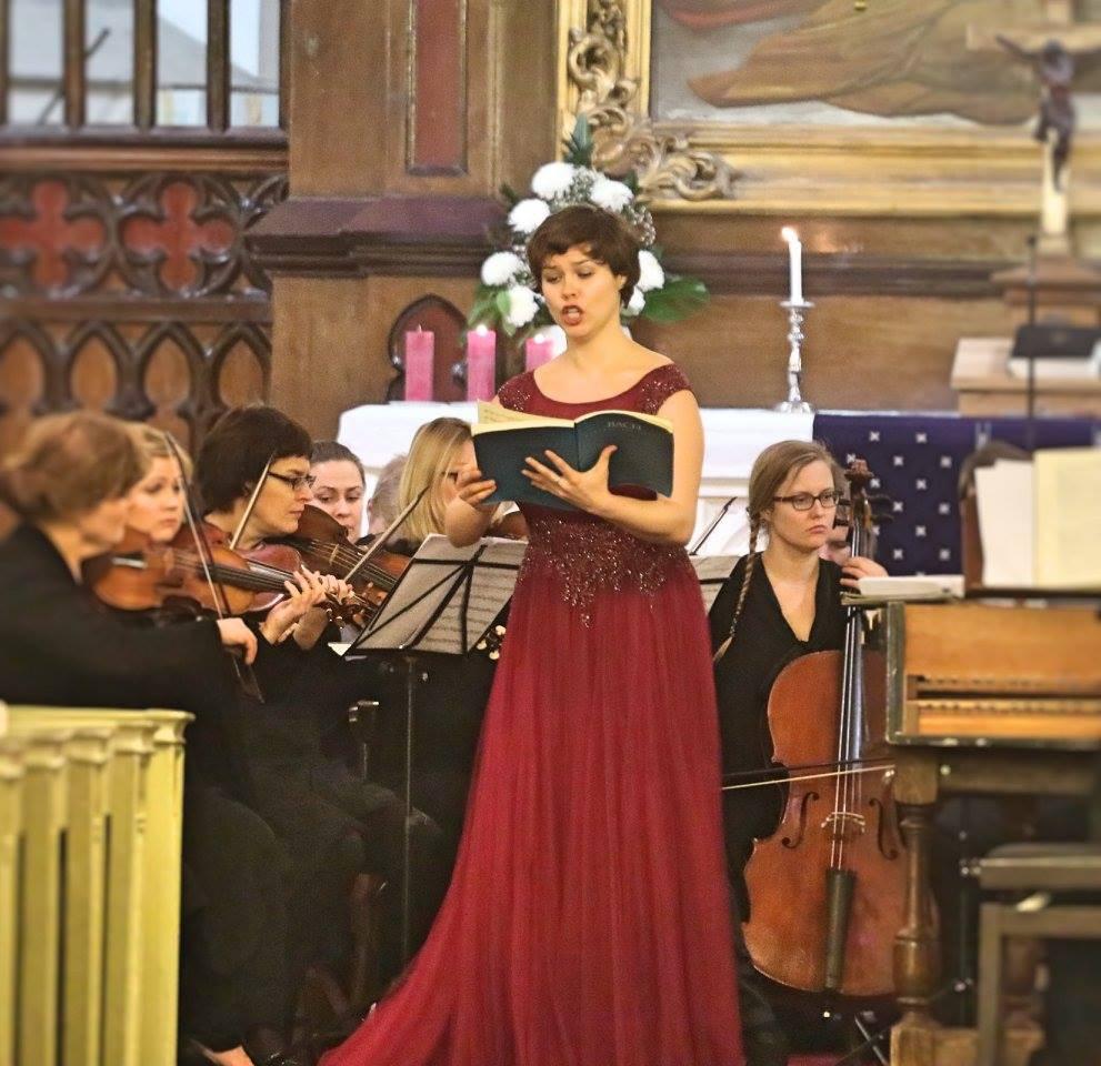 """""""Jõuluoratooriumi"""" solistidest jättis väga ereda mulje soome metsosopran Erica Pack, kes vaimustas nii ilusa tämbri, ülihoolika suhtumisega teksti ja hea diktsioonga. FOTO KRISTEL ÜKSVÄRAV"""